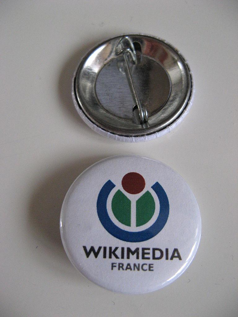 Vorder- und Rückseite eines Buttons