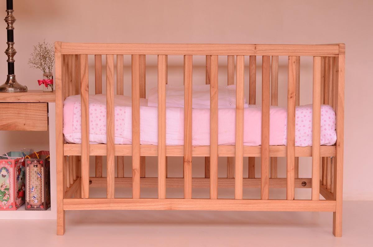 Krippe für Babys oder Kleinkinder
