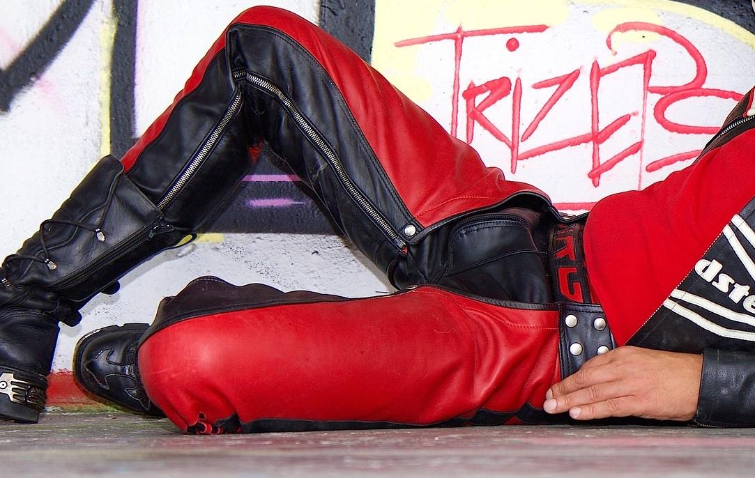 Motorradfahrer-Lederhose