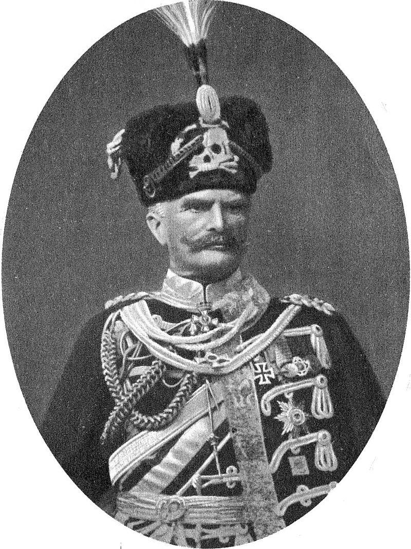 Generalfeldmarschall Mackensen in                     Leibhusarenuniform