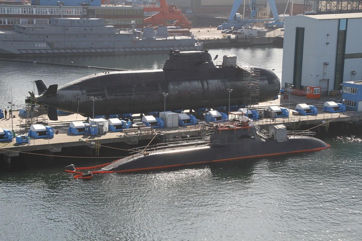 Zwei U-Boote der Bundesmarine