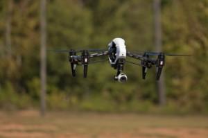 Zivile Drohne im Flug