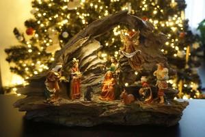 Krippe als weihnachtlicher Schmuck