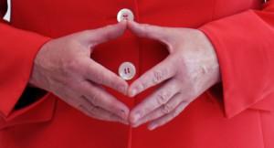 Raute als typische Handgeste von Angela                         Merkel