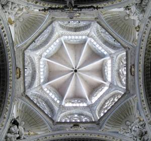 Trompe in der Kathedrale von Valencia